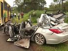 Três jovens morrem em acidente entre carro e ônibus em Maringá