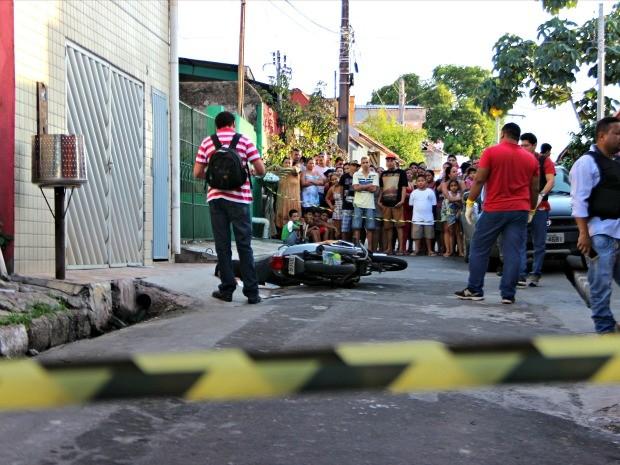 Crime ocorreu no bairro Coroado (Foto: Suelen Gonçalves/G1 AM)
