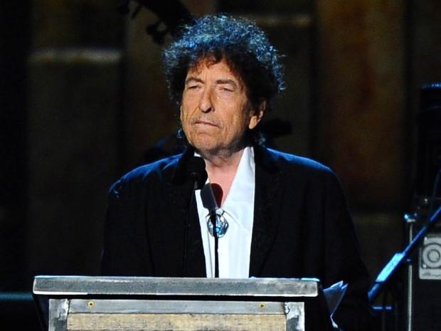 O cantor e compositor Bob Dylan, durante premiação em fevereiro de 2015 (Foto: Vince Bucci/Invision/AP)