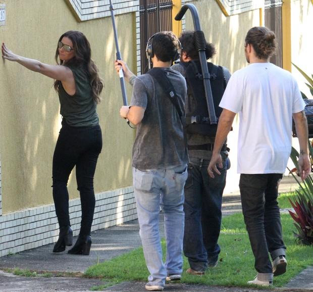 Giovana Antonelli em gravação (Foto: Sandro Cardozo / BrazilNews)