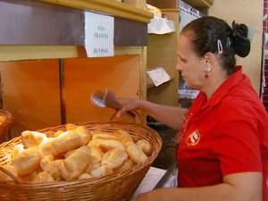 Variação do preço do pão francês pode chegar a mais de 100% em Santa Bárbara D'Oeste (Foto: Reprodução / EPTV)