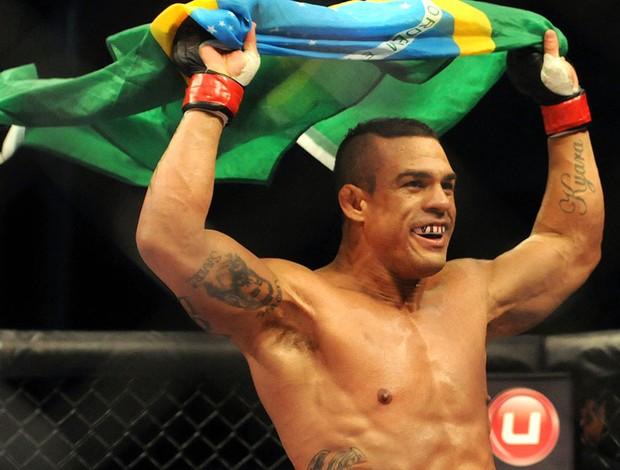 UFC Vitor Belfort e Luke Rockhold (Foto: Eduardo Valente / Agência Estado)