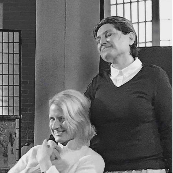 A escritora Elizabeth Gilbert com a esposa, Rayya Elias (Foto: Instagram)
