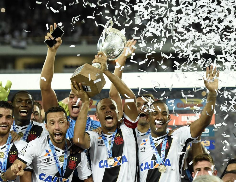 Resultado de imagem para É Campeão!!!!  Vasco derrota o Botafogo e conquista a Taça Rio