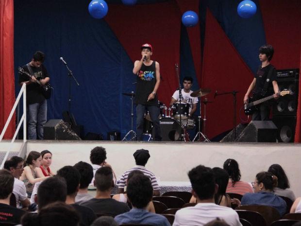 Canta Regente foi realizado na terça-feira (14) e selecionou quatro estudantes para a Festival Canta Galera (Foto: Divulgação/Fundação Municipal de Cultura)