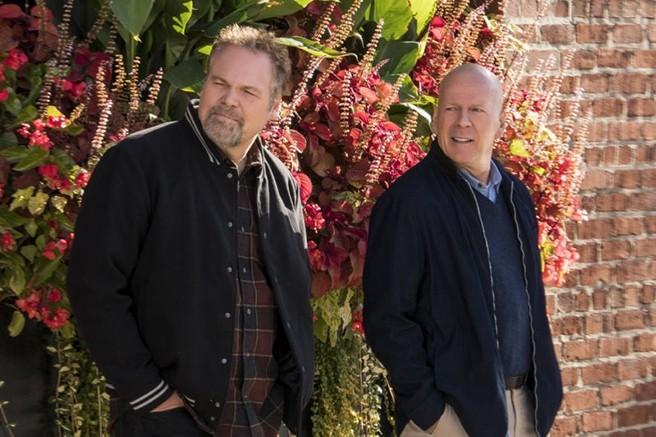 Vincent D'Onofrio e Bruce Willis no remake de 'Desejo de Matar' (Foto: Divulgação)