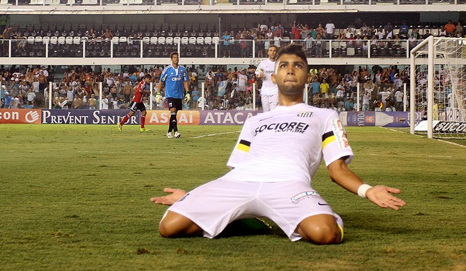 You need to know about new Santos wonderkid Gabriel who is banging in the goals!