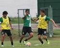 Bragantino acerta com dois jogadores ex-Coritiba para sequência da Série B