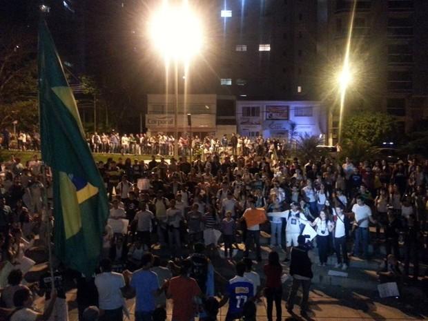Mais de 7 mil pessoas participaram da manifestação. (Foto: Anna Lúcia Silva/G1)