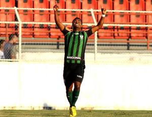 Nikão comemora, América-Mg x Palmeiras (Foto: Marcos Bezerra/Agência Estado)