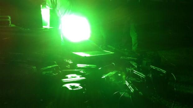 Preparativos do Green Hell no Couto Pereira Coritiba x Palmeiras (Foto: Gabriel Hamilko / GLOBOESPORTE.COM)