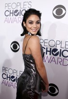 'People's Choice Awards': veja os looks dos famosos
