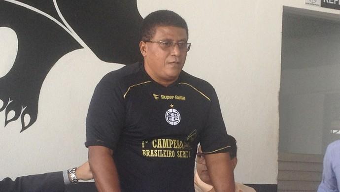 Samuel Cândido foi apresentado no São Raimundo (Foto: Michael Douglas/GloboEsporte.com)