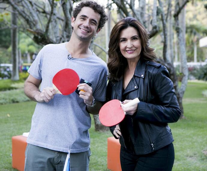Fátima e Felipe Andreoli posam nos bastidores da gravação (Foto: Ellen Soares/Gshow)