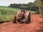 Agricultores optam por consertar maquinário agrícola antigo no PR