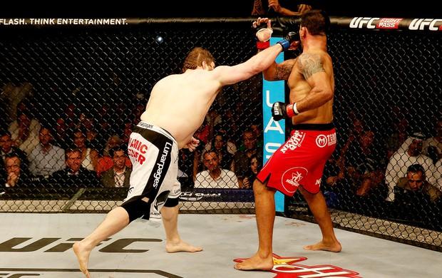 Roy Nelson vence Minotauro luta UFC Abu Dahbi (Foto: Getty Images)