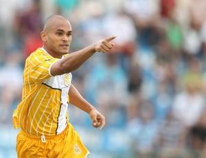Washington gol Brasiliense (Foto: Adalberto Marques / Ag. Estado)