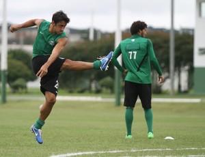 Robinho durante o treino do Coritiba no CT da Graciosa (Foto: Divulgação / Site oficial do Coritiba)
