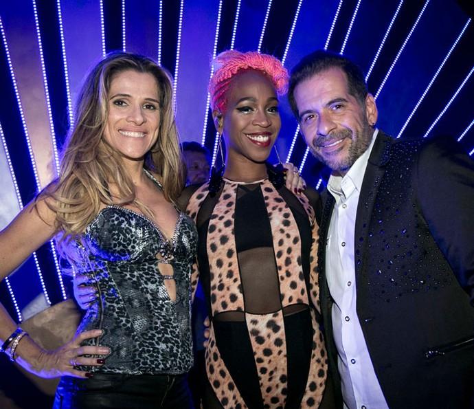 Karol Conka posa com Ingrid Guimarães e Leandro Hassum nos bastidores de 'Chapa Quente' (Foto: Isabella Pinheiro/Gshow)