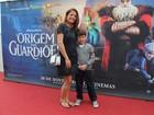 Famosos levam os filhos a estreia de filme no Rio