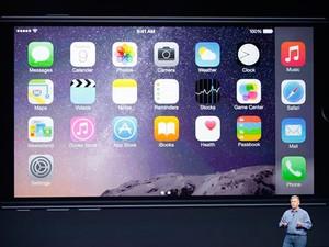 Foto mostra detalhe do novo iPhone durante evento realizado em Cupertino, nos Estados Unidos (Foto: Reuters/Stephen Lam)