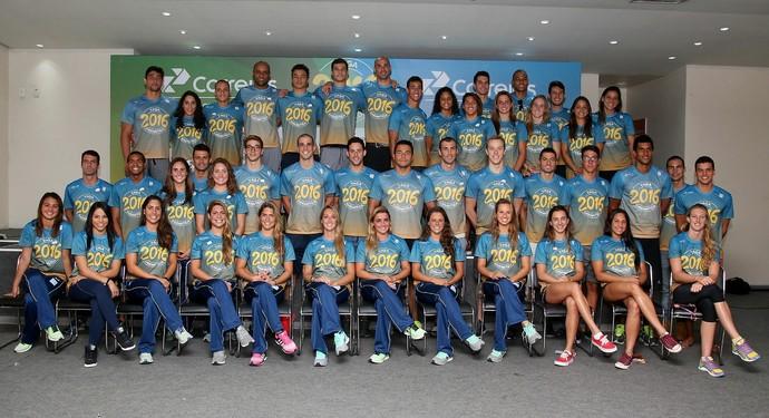 Apresentação do time brasileiro de esportes aquáticos para o Rio 2016 CBDA natação  (Foto: Satiro Sodré / SSPress)