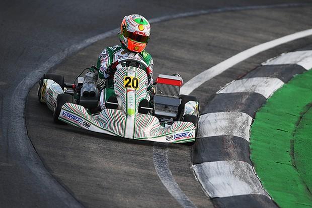 Gianluca Pentecof disputando o Mundial de Kart (Foto: Divulgação/Formula K)