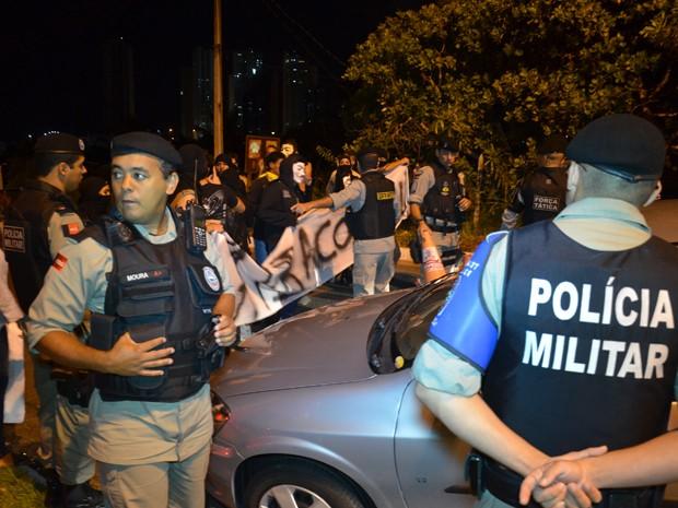 Apesar do desentendimento, nenhum manifestante ou condutor foi detido pelos policiais (Foto: Walter Paparazzo/G1)