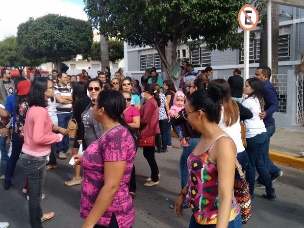 Greve dos servidores municipais de Araripina, PE (Foto: César Araújo/Arquivo Pessoal)