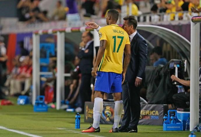 Walace Dunga Brasil Seleção (Foto: Rafael Ribeiro / CBF)