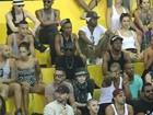 Madonna visita comunidade de Vigário Geral no subúrbio do Rio