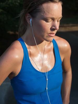 mulher suada e cansada eu atleta (Foto: Getty Images)