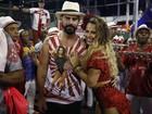 Viviane Araújo aposta em look decotado e curtinho para ensaio