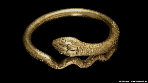 Bracelete usado na Roma Antiga (Foto: Soprintendenza Speciale per i Beni Archeologici di Napoli e Pompei /Curadores do British Museum/via BBC)