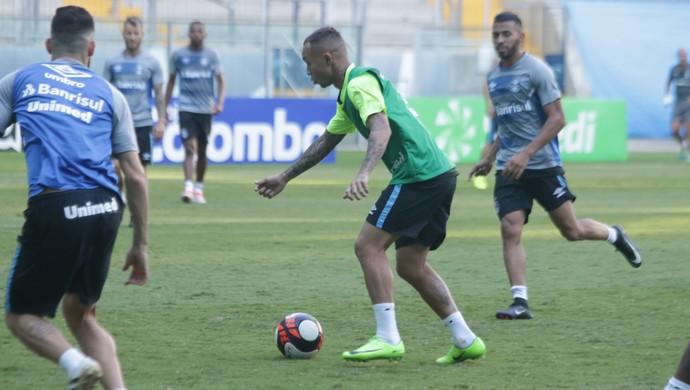 Everton Grêmio (Foto: Eduardo Moura/GloboEsporte.com)