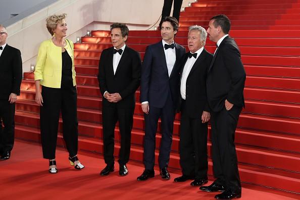 Emma Thompson, Ben Stiller, Noah Baumbach,Dustin Hoffman e Adam Sandler no red carpet de  'The Meyerowitz Stories' (Foto: Getty Images)