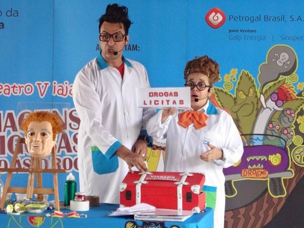 Viagens perigosas, com companhia de teatro Fun Science (Foto: Divulgação)