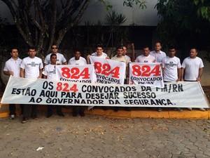824 convocados da PM demonstram apoio na posse do governador Robinson Faria (Foto: Fernanda Zauli/G1)