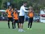 Diante de Bahia ofensivo, Mancini quer atenção extra de defensores do Vitória