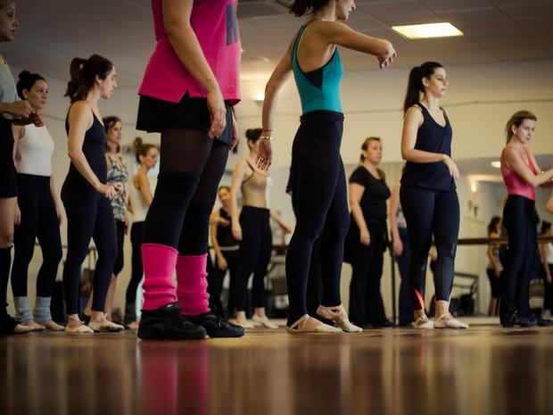 Alunos que renovarem o plano e novos alunos ganham até 25% de desconto na escola de dança Anacã (Foto: Divulgação)