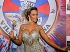 Ana Paula Ferrari, rainha da Pérola Negra, usa look com 16 mil cristais