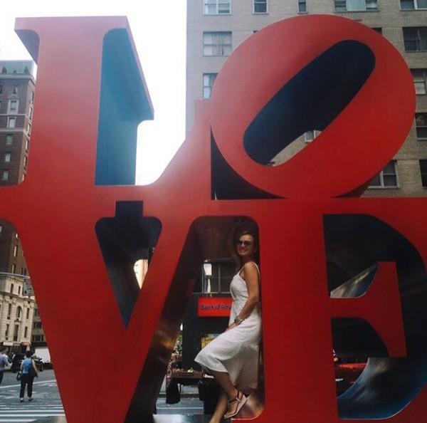 Em NY, Eliana visita ponto turístico da cidade (Foto: Reprodução / Instagram)