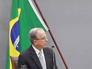 Secretário Paulo Afonso Teixeira durante reunião na AL (Foto: Rachel Lemos/TV Anhanguera)