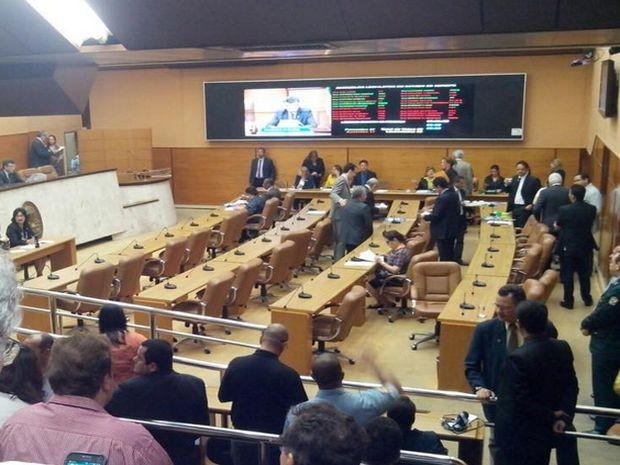 Votação acontece na Assembleia Legilstativa (Foto: Tassio Andrade/G1)