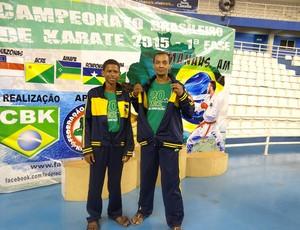 Pai e filho trouxeram três medalhas de ouro para casa (Foto: Agnaldo Souza/ Arquivo Pessoal)