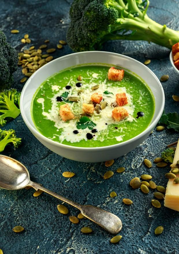 Creme de brócolis e couve-flor com linhaça (Foto: Thinkstock)