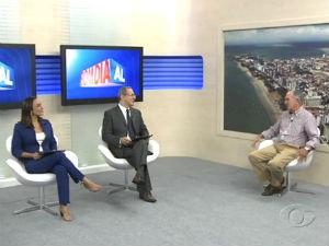 Afrânio Lages fala sobre seguro viagem  (Foto: Reprodução/ TV Gazeta)