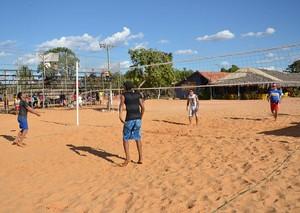 Visitantes das praias da capital podem aproveitar atividaes esportivas (Foto: Marcelo de Deus/Fundesportes)