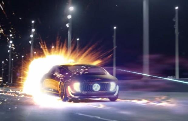 Mercedes-Benz comercial (Foto: Divulgação)