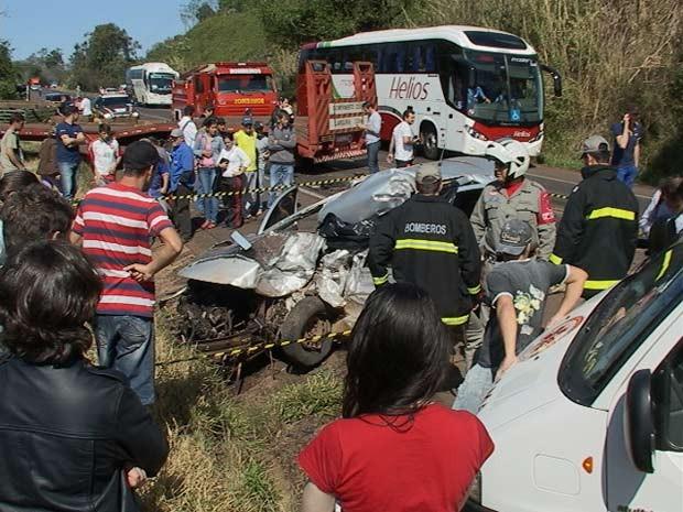 Uma pessoa morreu em acidente em Frederico Westphalen (Foto: Eder Calegari/RBS TV)